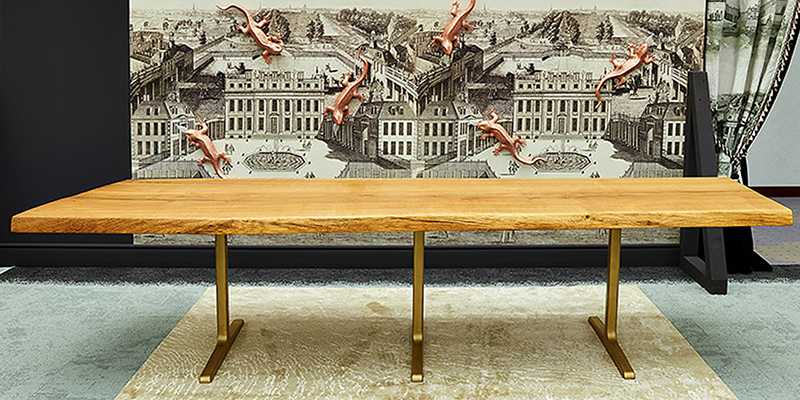 Solid oak dining table with solid steel feet